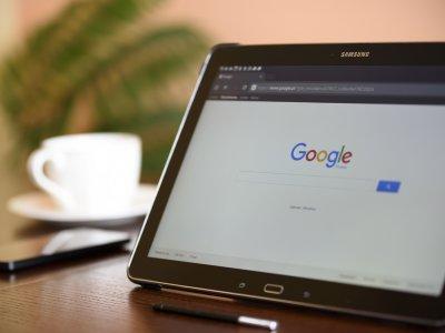 google browser laptop coffee